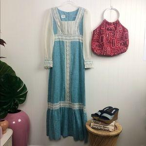 Vintage: Gorgeous '70s blue peasant dress SZ: S-M
